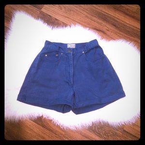 🦋2/$10 3/$15 4/$18 5/$20Vintage High Waist Shorts